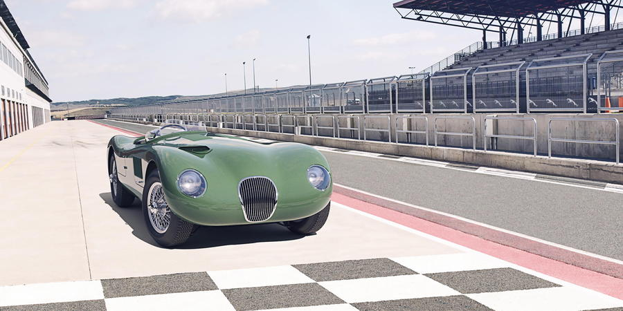 Jaguar C-Type © Ansa